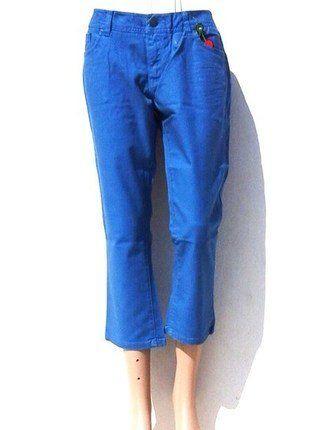 À vendre sur #vintedfrance ! http://www.vinted.fr/mode-femmes/pantacourts/28754828-pantacourt-femme-cache-cache-bleu-electric-42-lxlt4