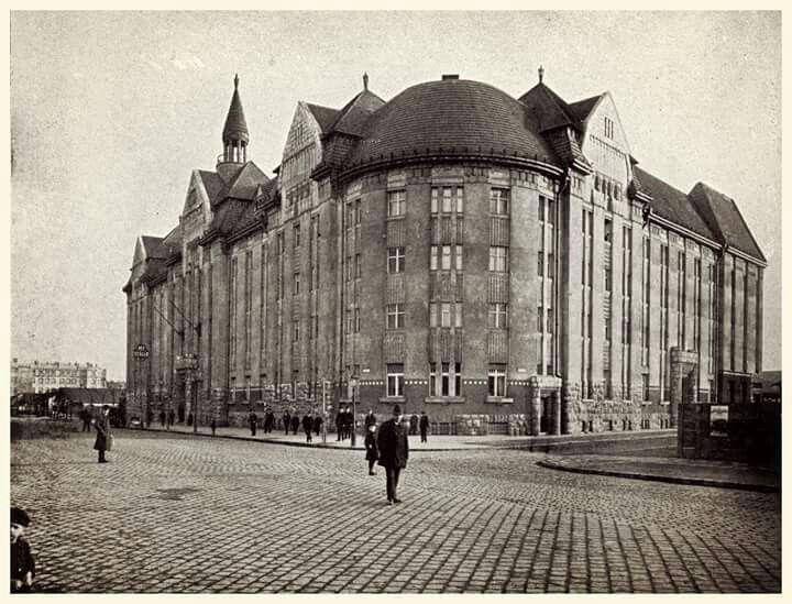1900 köül. Népszálló a Dózsa György (Aréna) úton.