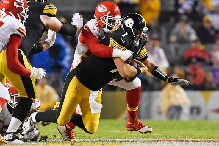 STEELERS 43  -  CHIEFS 14  -     Pittsburgh Steelers quarterback Ben Roethlisberger is sacked by Kansas City Chiefs outside linebacker Dee Ford during the first half of an NFL football game in Pittsburgh, Sunday, Oct. 2, 2016.
