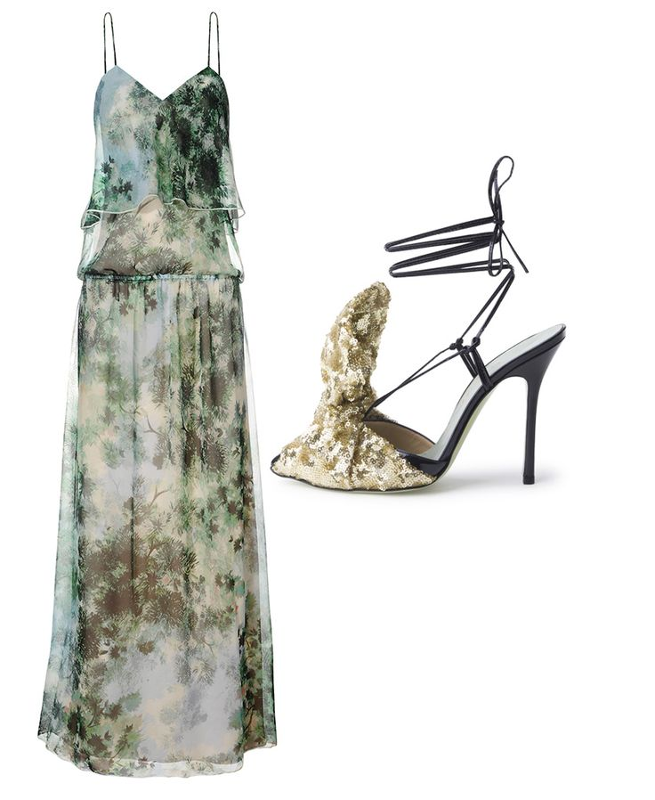 Un abito acquerello e un sandalo gioiello