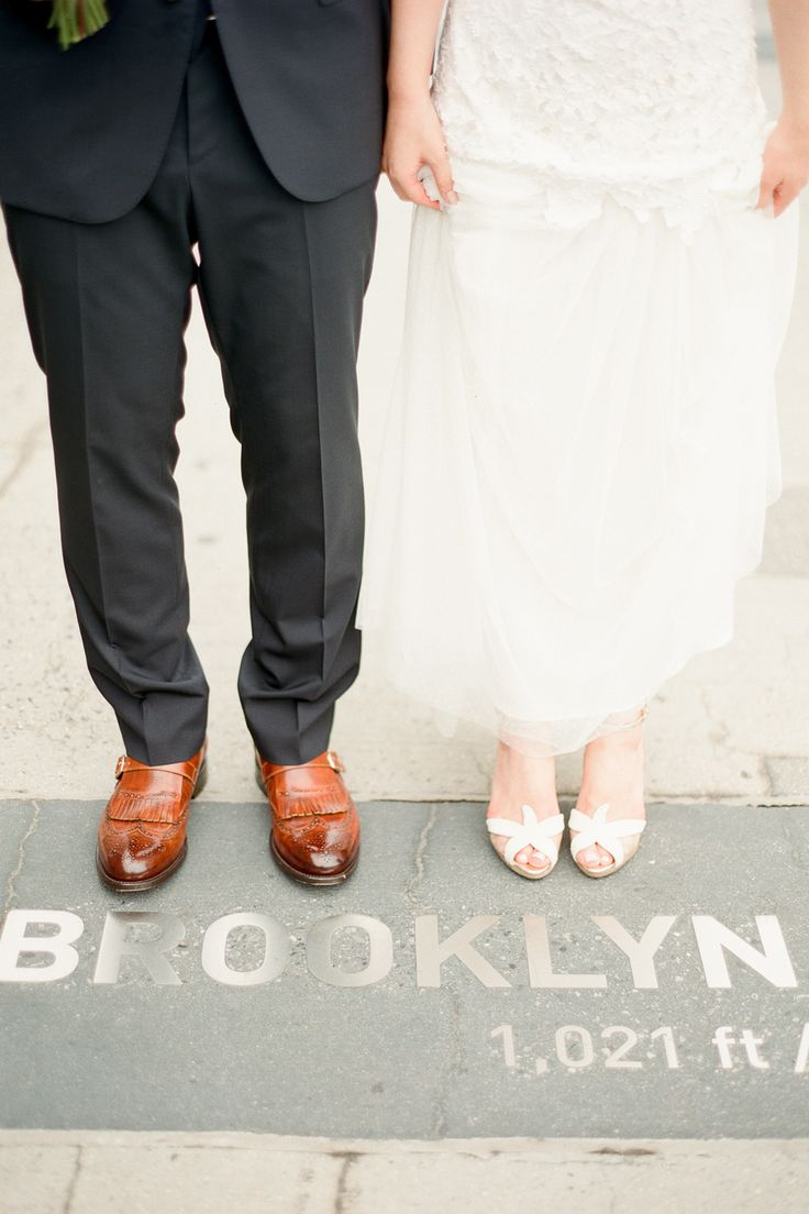 Bride and Groom on Brooklyn Bridge | photography by http://www.brklynview.com/