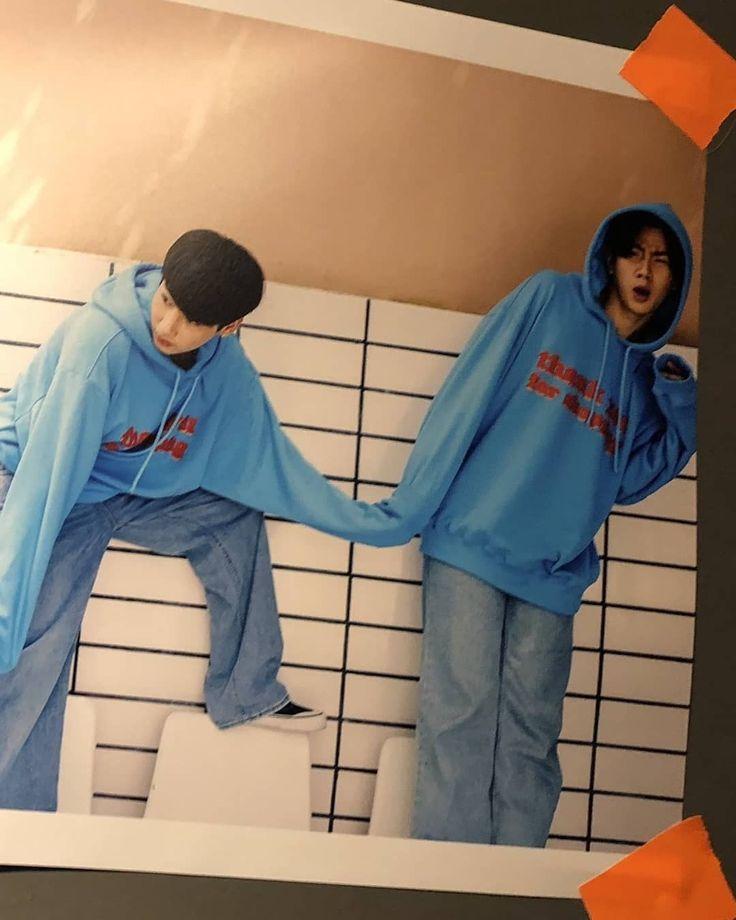 Pin by Nur ☆ on K-Pop ♡ | Rain jacket, Windbreaker, Fashion