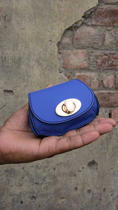 Cobalt Nicola, Chiaroscuro, India, Pure Leather, Handbag, Bag, Workshop Made, Leather, Bags, Handmade, Artisanal, Leather Work, Leather Workshop, Fashion, Women's Fashion, Women's Accessories, Accessories, Handcrafted, Made In India, Chiaroscuro Bags - 1