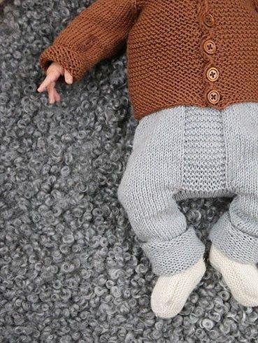 Enkel og anvendelig bukse. Denne passer kjempelenge, og er like fin baggy som når beina blir mer pølseskinn.