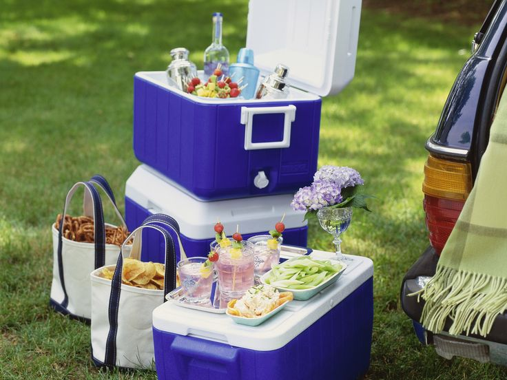 How to Pack a Cooler Like a Pro | Headed to the game? These expert tailgating tips will show you the best way to pack a cooler.