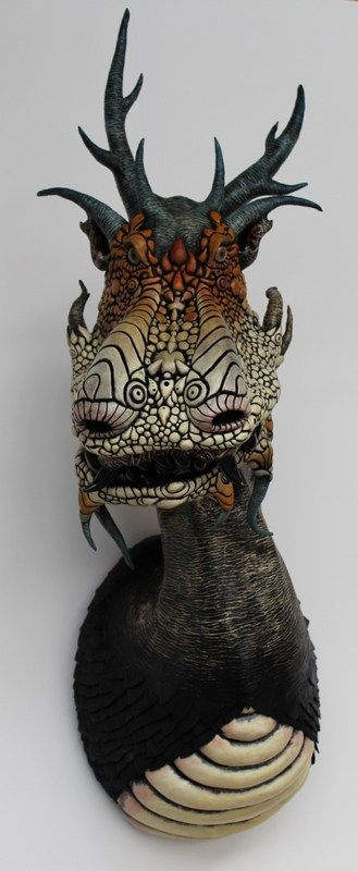 Paper Dragon sculpture from www.thepapiermachebestiary.com.