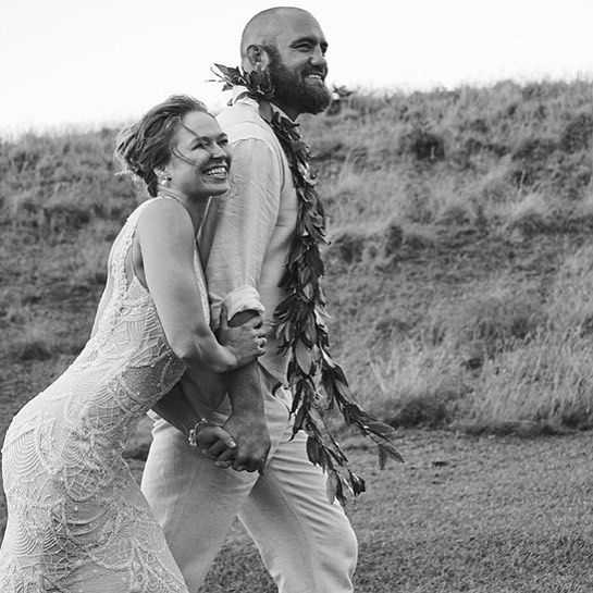 ❤️Here's the very first picture of Mr & Mrs Ronda Rousey and Travis Browne!  #wedding #tmzsports #tmz #rondarousey #travisbrowne #ufc