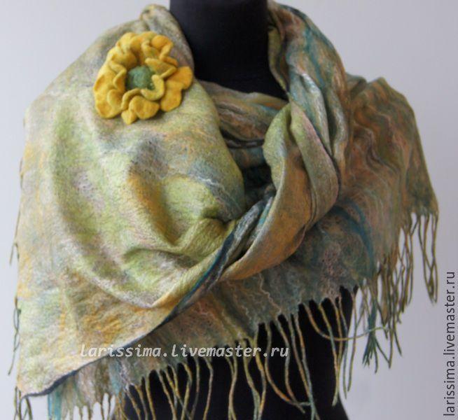 Купить шарф осенний - зеленый, абстрактный, шарф шерстяной, валяный шарф, ручная авторская работа