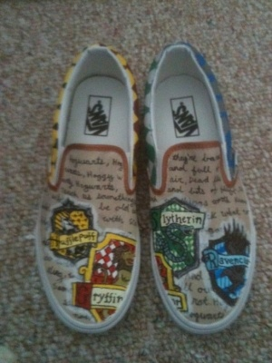 Harry Potter Toms. PLEASE!!! I want these!!