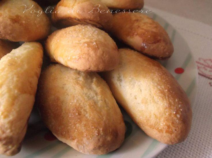I biscotti al latte sono semplici e genuini, adatti a chi a colazione vuole ritrovare i sapori di una volta.