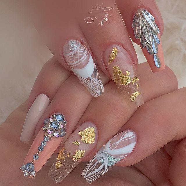Preciosas uñas tonos pastel