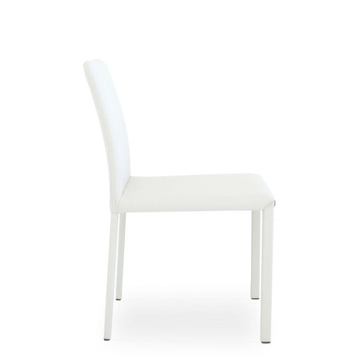 € 85,00 #SCONTO 50% #elegante #sedia #moderna da #cucina modello MARION B, seduta imbottita e schienale basso, completamente rivestita in #tessuto, #pelle o #ecopelle colore #bianco. In #offerta su #chairsoutlet factory #store #arredamento. 100% #MadeinItaly. Comprala adesso su www.chairsoutlet.com