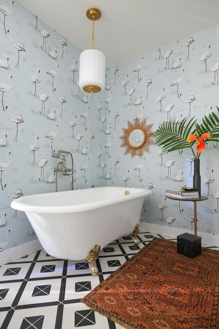 A Flamingo-Filled, Serene Bath | Rue
