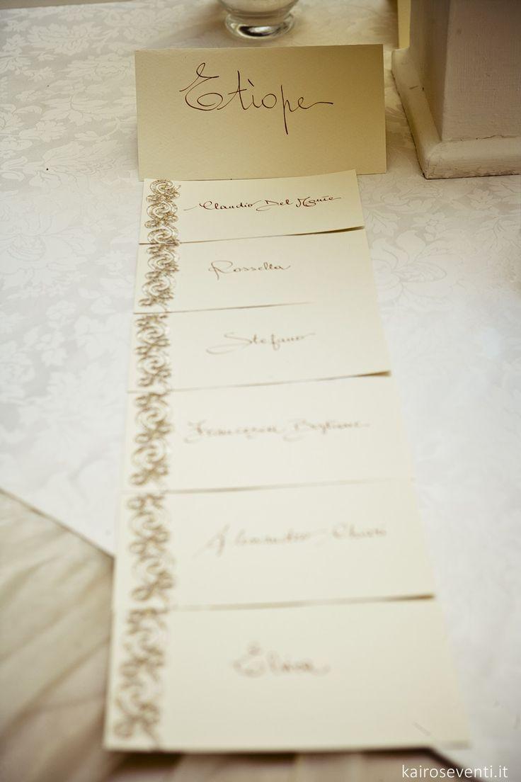 Escort card - Wedding table - tableau mariage. Wedding designer & planner Monia Re - www.moniare.com   Organizzazione e pianificazione Kairòs Eventi -www.kairoseventi.it   Foto Oscar Bernelli