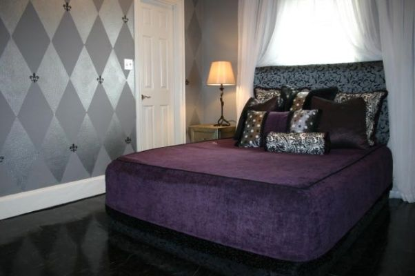 60 best images about bedroom on pinterest silver bedroom for Purple and silver bedroom designs