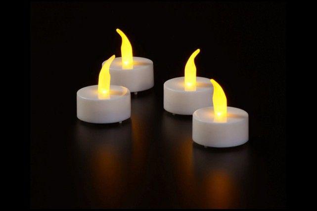 4 Luci di Led per le lanterne da appendere. Batterie comprese, durata 8 ore