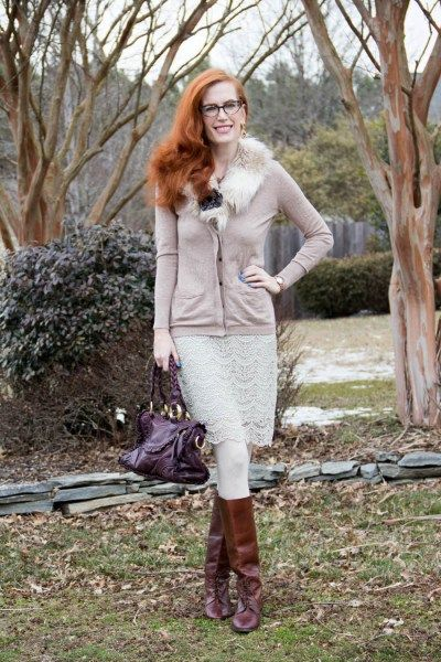Neutral look. How to style neutrals. stylish fashion blogger featured on the #reasonstodress style linkup for fbloggers.