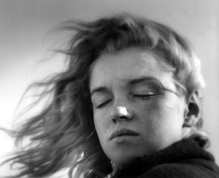 A young Marilyn Monroe photographed by Andre de Dienes  Fall, 1946 - USA. I think the natural Norma Jean was so much more beautiful than the glam Monroe.
