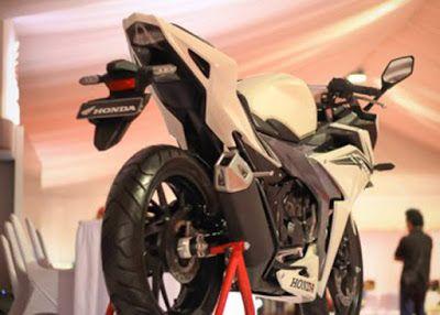 Honda CBR150R 2016 Putih 2