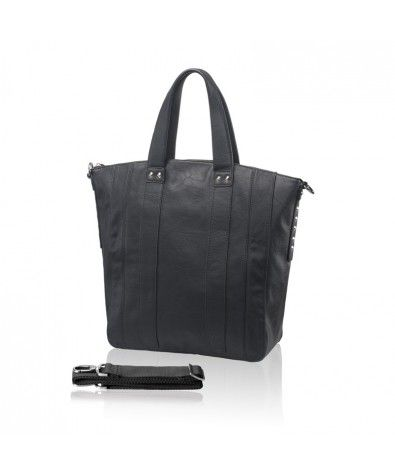 Nella Bella's Carina is our shopping tote for spring 2014. This bold and sophisticated tote is great for the grab-n-go woman who wants functionality with style.