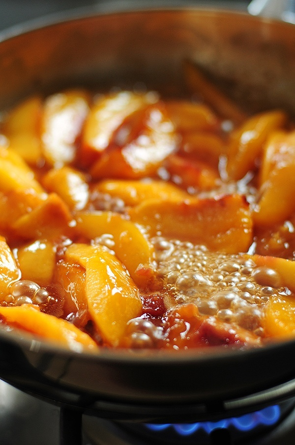 Fried Nectarines with Vanilla Mascarpone via shewearsmanyhats