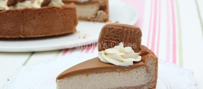 Snijd er kleine stukjes van, de taart valt namelijk als een blok in je maag!