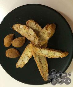 Biscotti quaresimali. Dalla tradizione siciliana, ecco dei buonissimi biscottini alle mandorle >>http://blog.giallozafferano.it/ilmandorloinfioreblog/?p=6587