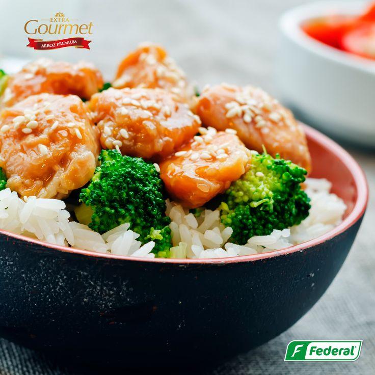 ¿Qué tal un viernes saludable? Con nuestro delicioso Arroz Extra Gourmet puedes preparar recetas fáciles y saludables para que tus días cambien la monotonía. #MaestrosArroceros