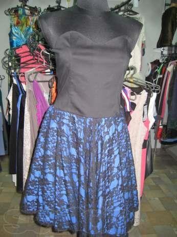 Платье бюстье с гипюровой юбкой