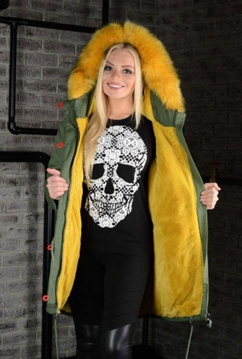 Крутая куртка парка Богнер цвета хаки, желтый мех. Парка выполнена из итальянского материала, по итальянским лекалам, состав ткани хлопок, с защитной пропиткой от влаги и грязи. Опушка - ЭКО - искусственный мех с технологией живого волоса лисы.