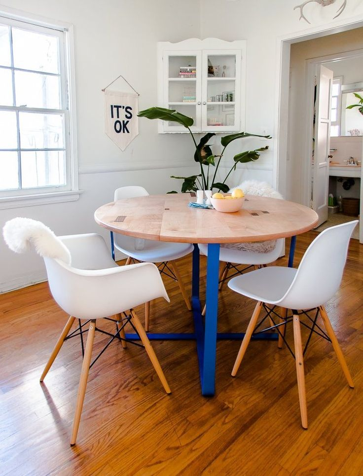 Molly   Daniel  The Freelance Life in LA   Life Stories  Corner Cupboard  Apartment  Therapy  806 best Dining images on Pinterest   Dining tables  Modern dining  . Round Dining Table Apartment Therapy. Home Design Ideas