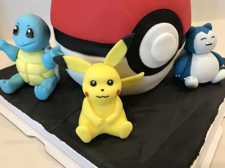 I'm made this Pokémon cake for my son 7years birthday .
