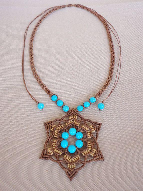 collana macramè / girocollo / fiore pendente con di Knotify