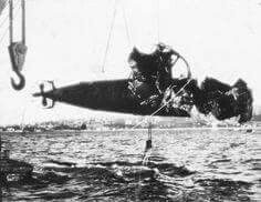 In 1942,Sydney was attacked by several Midget Submarines.The wreckage one of the Midget Submarines is salvaged from the harbour.The effect of the depth charges on the submarine is very evident.    🌹