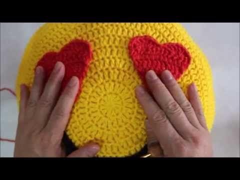 almofada do emoticons de crochê ♥ - YouTube