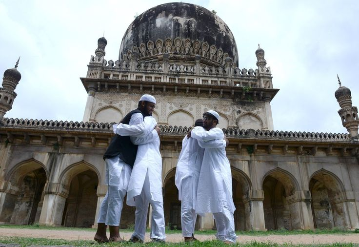 Hyderabad, India | 38 Incredible Images Of Eid Al-Fitr 2015 From Around The World
