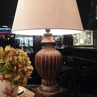 Gorgeous DESCARTES table lamp by Coté Table #frenchhomedecor #frenchlight #cotetable #tablelamp #lighting