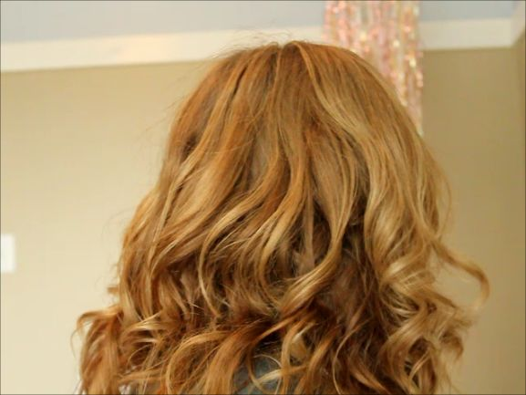 No Heat Curls + A Trick for Taming Frizzy Curls - Missy Sue