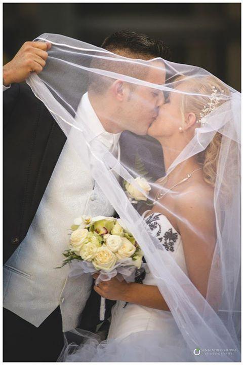 Esküvői fotózás - Budapest, Erika és Attila esküvője http://www.sensephoto.hu - Esküvői fotózás, esküvői videózás