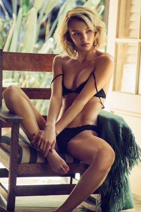 Nude pics of diane keaton