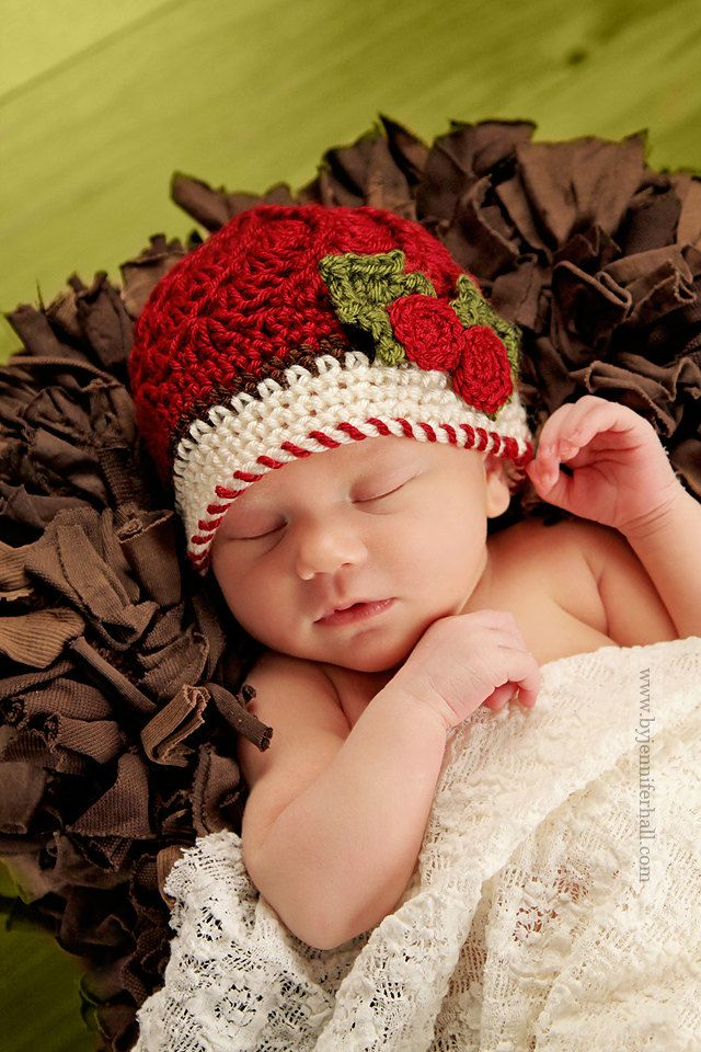 Crochet baby hat - Christmas baby hat - Baby Photo Prop - Newborn Photo Prop - Made to order. $22.00, via Etsy.