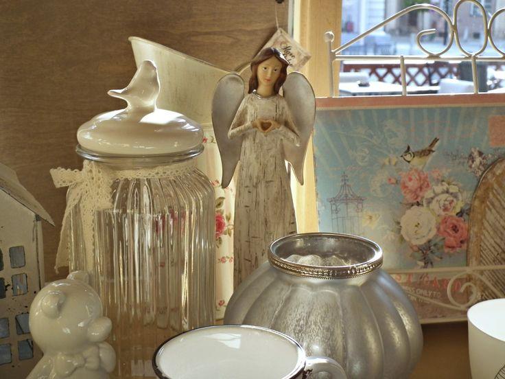 Andělé, svícny, dózy a další v Niels Decor Hradec Kralové