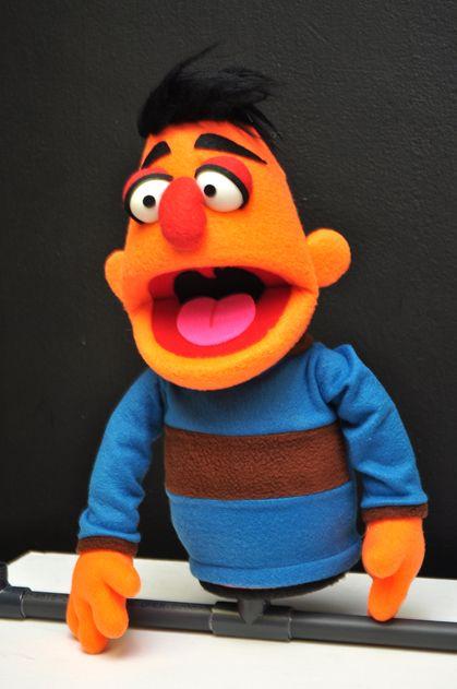 Orange Puppet - Leonel Rivero (Puppet Lara)