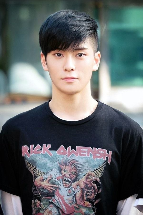 winsome-korean-hairstyles-for-men-1