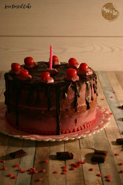 Sulla carta non esistono dei veri e propri dolci di San Valentino ma, con le giuste decorazioni e forme, qualsiasi dolce può diventare quello giusto per l'occasione. Ho deciso quindi di prop…
