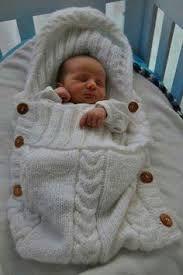 Resultado de imagen para bolsa de dormir tejida para bebe