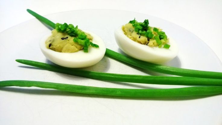 Jajka faszerowane po japońsku - Jest Pięknie
