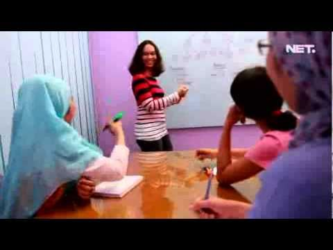Vonita on Net. TV Salah satu alternatif bagi Para Ibu, untuk tetap bisa berpenghasilan, sambil urus anak, dengan bekerja dari rumah... jadi sudah ga dilema lagi buat para bunda meninggalkan anak-anak karena harus perrgi ngantor