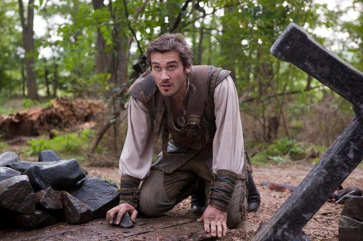 Archer (Clive Standen) - Robin Hood season 3