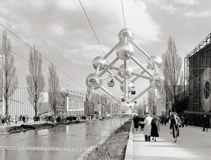 Serenely beautiful, Atomium and Expo '58